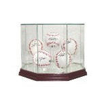 HOCKEY PUCK REAL GLASS DISPLAY CASE FOR 5 PUCKS