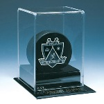 SINGLE HOCKEY PUCK ACRYLIC DISPLAY CASE WITH NHL LOGO