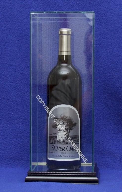 Single Wine Liquor Bottle Glass Display Case Vertical