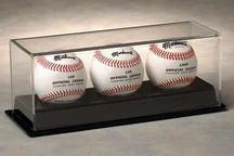 BASEBALL TRIPLE ACRYLIC DISPLAY CASE FOR 3 BALLS