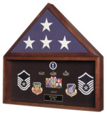 BURIAL CASKET MEMORIAL FLAG AND AWARDS - MEDALS DISPLAY CASE