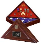 BURIAL CASKET MEMORIAL FLAG & MEDALS HINGED DISPLAY CASE