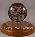 SINGLE HOCKEY PUCK GLASS DISPLAY CASE DOME