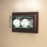 ETCHED GLASS DOUBLE 2 BASEBALL DISPLAY CASE � WALL MOUNT